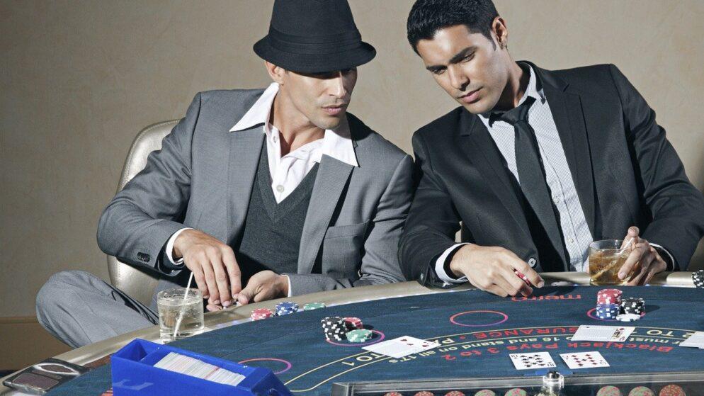 Gambling: Hands in Poker